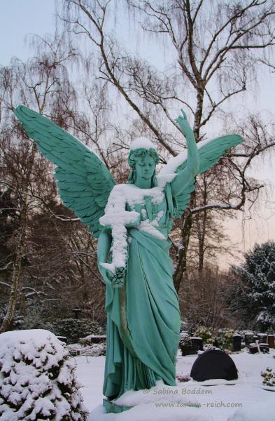 Grabdenkmal - Nordfriedhof in Düsseldorf