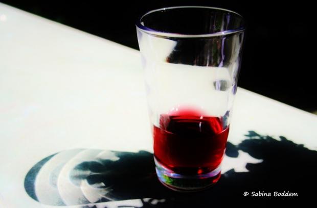 Glas Sangria - Stillleben