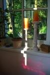 Kerzen am Fenster, Farbenreich, Sabina Boddem, ganzheitliche Farb- und Stilberaterin.