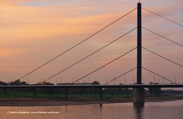#Sonnenuntergang #Rhein #Düsseldorf