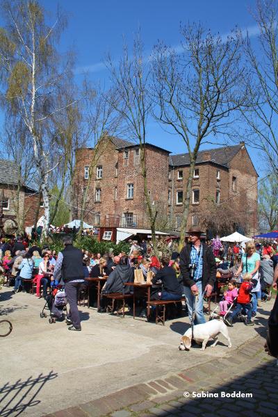 Mittelaltermarkt - Wasserburg Geretzhoven in Bergheim
