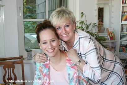 Sommertyp -Mutter und Tochter