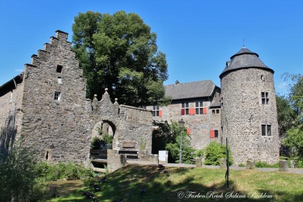 Wasserburg Haus zum Haus in Ratingen